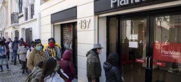Chile anuncia desconfinamiento paulatino en Santiago
