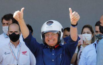 Bolsonaro se reencuentra con simpatizantes tras curarse de coronavirus