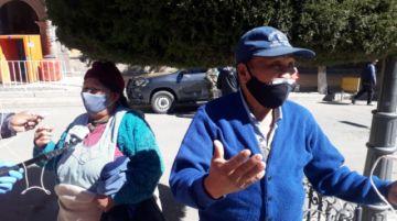 Vecinos piden ayuda para familia que requiere atención por coronavirus
