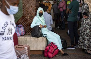 Hay nuevas restricciones para frenar la pandemia cuando el mundo registra 650.000 muertos