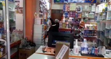Vea como realizan la inspección a farmacias en la ciudad de Potosí