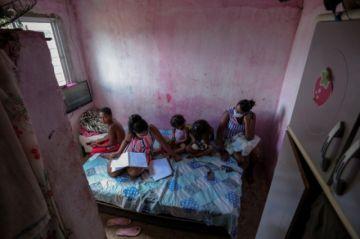 Latinoamérica debe controlar pandemia para reactivar su economía, advierten Cepal y OPS