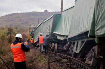 Ataque provoca el descarrilamiento de un tren en Chile