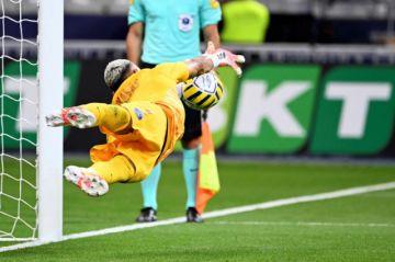 Keylor Navas da al PSG la Copa de la Liga y el pleno de títulos franceses