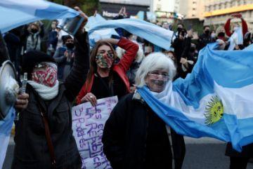 Hubo  marcha opositora en pleno confinamiento en Buenos Aires