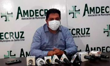 """Presidente de Amdecruz: """"Bloqueo es para que miles de bolivianos mueran el 6 de septiembre"""""""