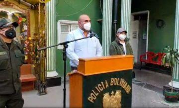 Gobierno denuncia que bloqueos impiden paso de tubos de oxígeno