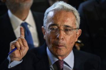 Expresidente Uribe dio positivo al nuevo coronavirus en Colombia