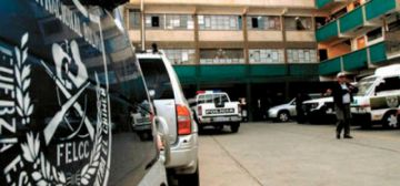 La Paz: detienen a hombre que llevaba una camioneta con dinamita