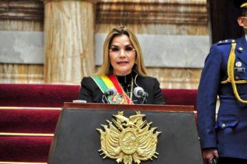 La presidenta convoca a candidatos a firmar un acuerdo nacional por los bonos