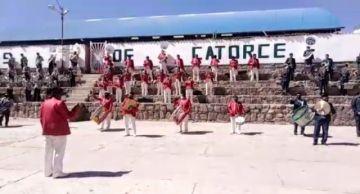 Potosí rinde homenaje al nacimiento de Bolivia con música y baile