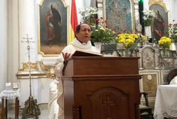 Monseñor Centellas llama a la unidad y a deshacerse de las ambiciones de poder