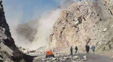 Despejar carretera dinamitada en  Sayari requerirá de 3 a 5 días