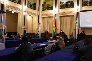 TSE, Legislativo y organizaciones sociales inician diálogo que busca pacificar el país