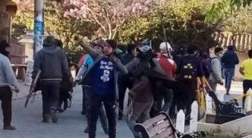 Manifestantes afines al MAS ingresaron al hospital y golpearon a médicos  en Samaipata