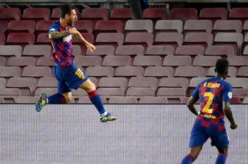 El Barcelona respira y se mete en cuartos de Champions impulsado por Messi