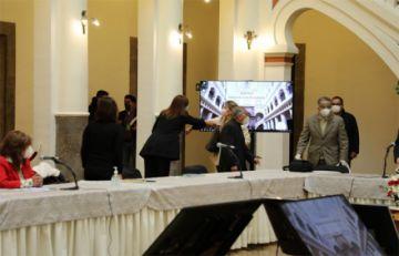 Acabó reunión en Palacio con propuesta de formar comisión para buscar diálogo