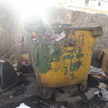 EMAP denuncia quema de contenedores en la avenida Los Ilustres
