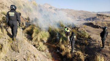 Incendio de pastizal movilizó a la Policía en la localidad de Cantumarca