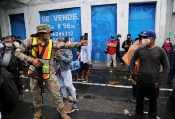 Perú supera los 25.000 muertos y medio millón de casos de coronavirus