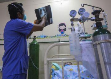 La pandemia ha matado a 125 médicos en Perú