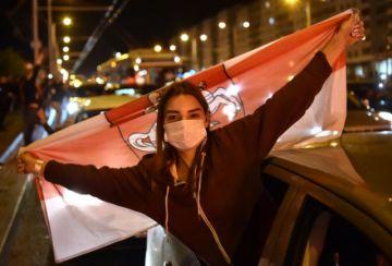 Las cadenas humanas se multiplican en Bielorrusia contra la represión