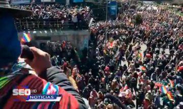Un cabildo en El Alto apunta a seguir con las medidas de hecho
