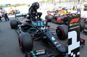 """Hamilton logra la """"pole"""" en el Gran Premio de España"""