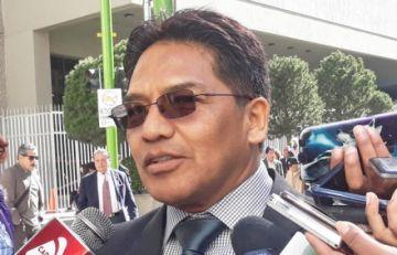 Concejal paceño dice que sindicalistas y políticos le deben una disculpa a la población