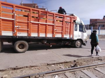 Llegan a Potosí alimentos tras encapsulamiento y bloqueos