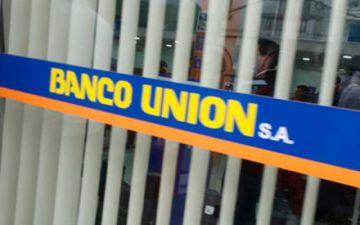 Reportan intento de robo frustrado en agencia bancaria de Santa Cruz