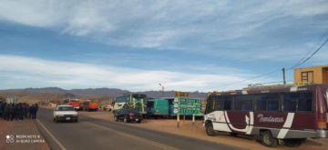 Transportistas de Betanzos determinan vigilia hasta el mediodía