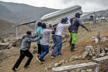 Con operativos casa por casa, Perú busca contener al coronavirus