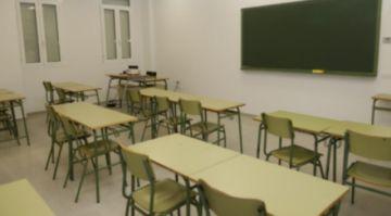 La comunidad educativa está en vilo por el futuro de las labores escolares