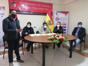 Firman convenio para impulsar la generación de empleo en Potosí