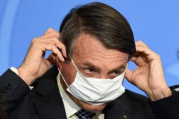 """Bolsonaro amenaza a periodista: """"Qué ganas de reventarte la boca a golpes"""""""