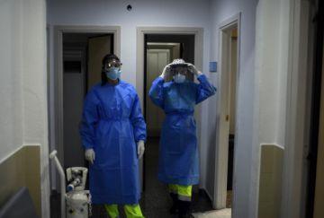 España vuelve a ser golpeado por el coronavirus pese a previsiones
