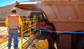 Minera San Cristóbal suspende operaciones tras registrar trabajadores con COVID