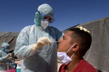El mundo refuerza medidas para contener rebrotes del coronavirus