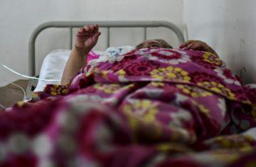 """Buenos Aires aprueba ley para garantizar """"la despedida"""" a pacientes con coronavirus"""