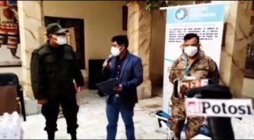 Gobernación entrega insumos de bioseguridad a la Policía y al Ejército