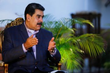 Maduro indulta a un centenar de diputados opositores y colaboradores de Guaidó
