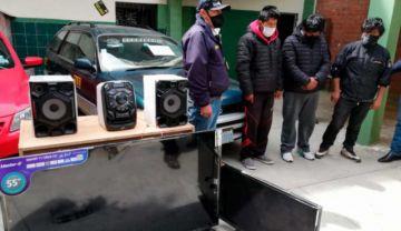 """Caen miembros de una banda de """"monrreros"""" en El Alto"""