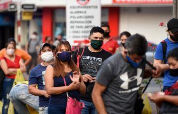 Presidente de Paraguay pide extremar cuidados tras agosto negro por el coronavirus