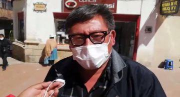 Cívico llama chantajista al alcalde por contrato firmado con su empresa