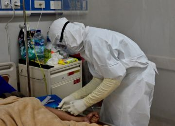 Calculan que unos 7.000 trabajadores de la salud murieron por coronavirus en el mundo