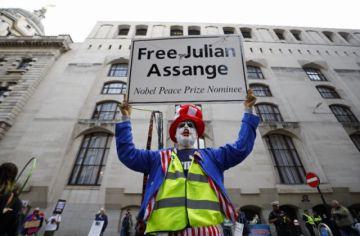 Juicio de extradición de Assange a Estados Unidos se reanudó en Londres