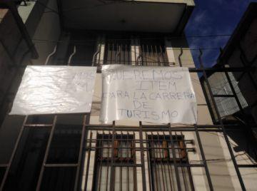 Estudiantes de Turismo anuncian que radicalizarán sus presiones