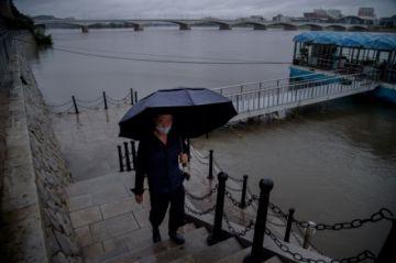Tifón destruye unos 60 puentes y 2.000 viviendas en Corea del Norte