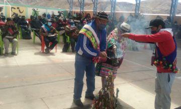 Advierten con bloqueo en la carretera Potosí Uyuni si no renuncia el alcalde de Tomave